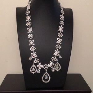 "Gorgeous Gemma Layne ""diamond/crystal"" necklace"